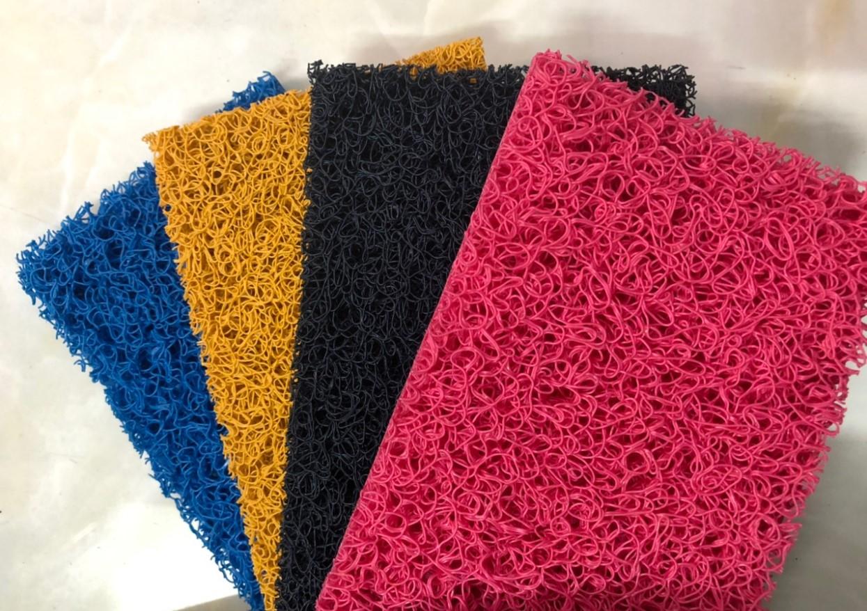 Các màu của thảm nhựa rỗi