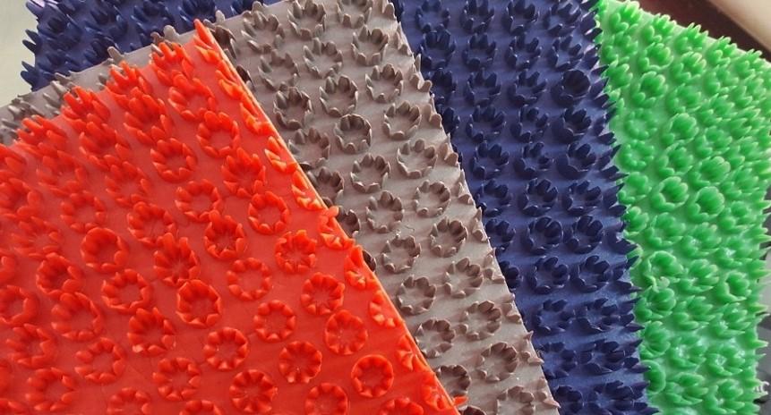 các màu thảm nhựa gai hoa cúc