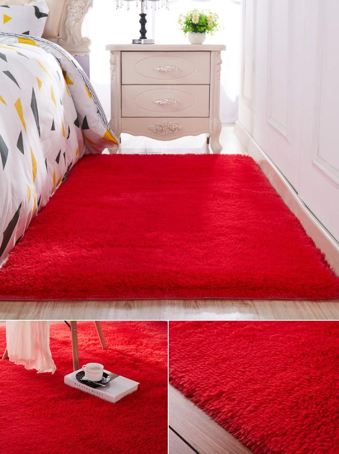 Thảm trải sàn phòng ngủ màu đỏ