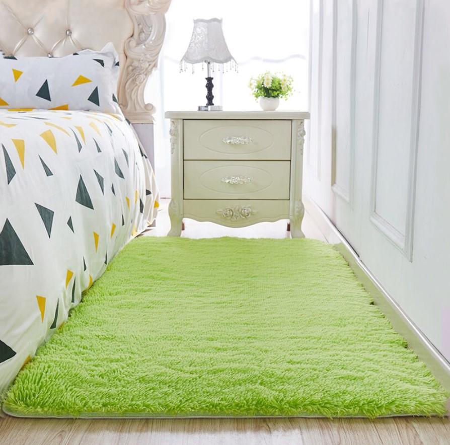 Thảm lót sàn phong ngủ màu xanh lá chuối