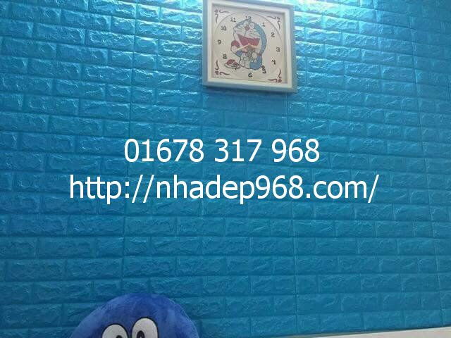 Xốp dán tường giá sỉ màu xanh dương