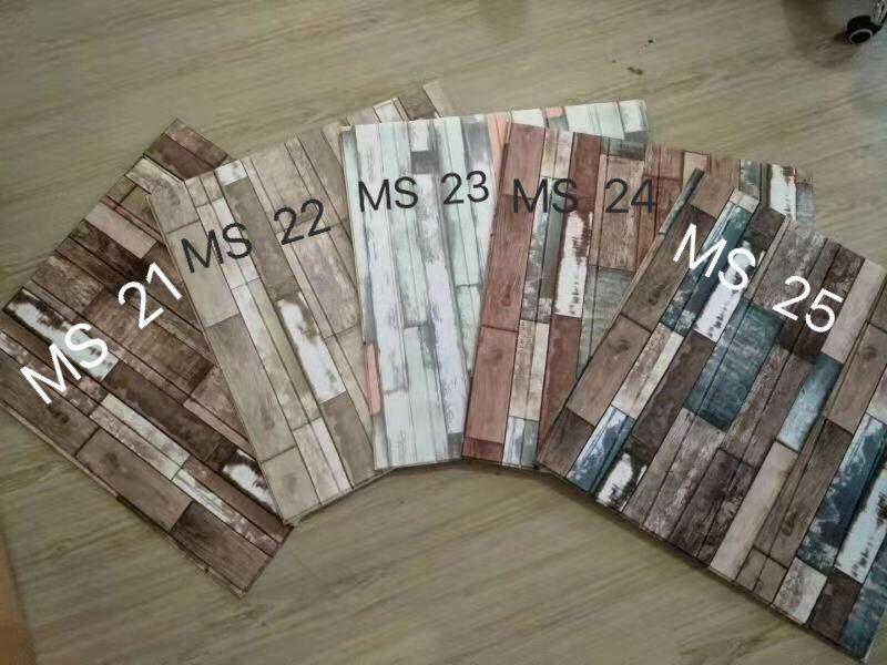 Ảnh 1: Xốp dán tường vân gỗ cổ điển đang ngày càng được ưa chuộng